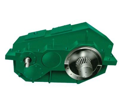 江苏省泰兴减速机厂:F齿轮减速机特性及漏油难题的处理
